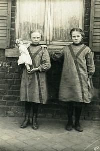 France 2 Sisters? Same Dress & Doll Children Game Old Amateur Photo 1920