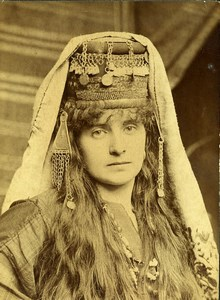 Région Lilloise ou Moyen Orient? Femme en Costume Oriental Ancienne Photo 1900