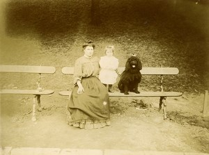 France Paris Public Garden Mother Daughter & Dog Old Amateur Photo 1910