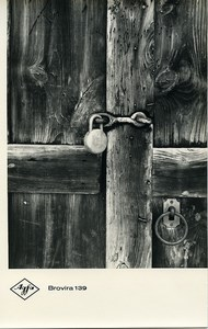 Publicity for Agfa paper Brovira 139 Wooden Door Lock old Photo 1960