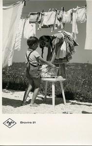 Publicité pour papier Agfa Brovira 21 Enfants accrochant Linge Ancienne Photo 1960