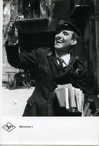 Publicity for Agfa paper Brovira 1 Happy Postman old Photo 1960
