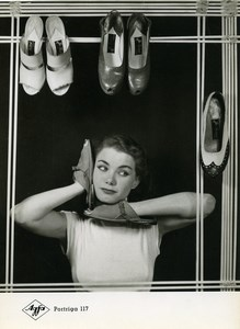 Publicity for Agfa paper Portriga 117 Woman & Shoes old Photo 1960