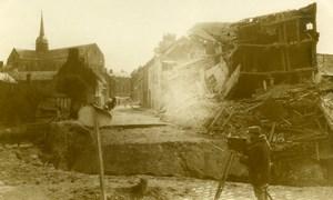 France WWI opérateur photographique dans les ruines Ancienne Photo 1918