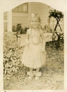USA Jeune Fille en costume Hawaien? Voeux de Noel & Bonne Annee Ancienne Photo 1935