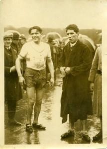 France Athlétisme Dolques et Manhes apres la Course Ancienne Photo 1925