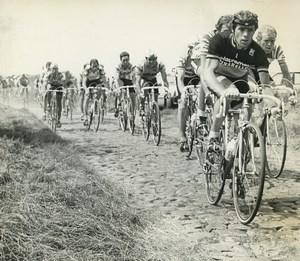 Photo 3e Etape du Tour de France 1983 sur les pavés du Douaisis Cyclisme