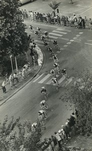 Photo 4e Etape du Tour de France 1983 Arras? Passage du peloton Cyclisme