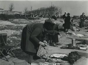 France Paris Marché aux  Puces Porte de Vanves Ancienne Photo 1952