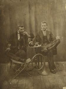 France les Amis Musiciens moment de détente Boisson Ancienne Photo 1890