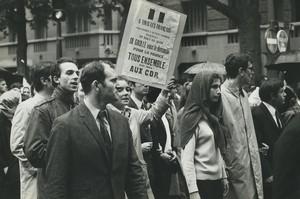 Paris pro De Gaulle Demonstration CDR Old photo Huet 1968, june 4