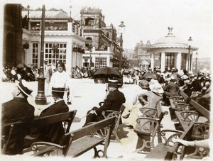 North Yorkshire Scarborough Crowded Boardwalk Holidays old Amateur Photo 1900