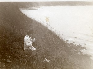 North Yorkshire Scarborough Young Lady by the Sea Holiday old Amateur Photo 1900