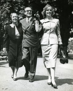 Harold Lloyd with Wife and Daughter Gloria Hyde Park London Old Press Photo 1951