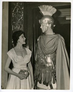 Joan Rice Ken Buckle Quo Vadis Premiere Carlton Theatre London Press Photo 1952