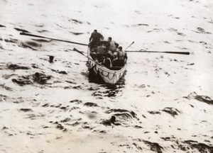 German submarine u-boat crew rammed by British Destroyer WWII WW2 Old Photo 1941