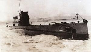 USA off Portsmouth Submarine USS O-8 WWII WW2 Old Photo 1941