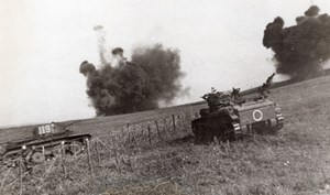 Polish Front Russian Tanks in Action East Front WWII WW2 Old Photo 1941