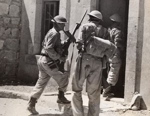 Syria Lebanon? Kiame Australian Troops enter French Fort WWII WW2 Old Photo 1941