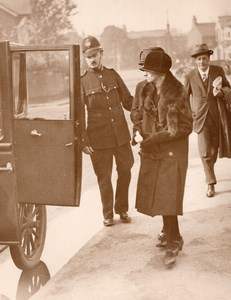 Widow of Murdered PC Gutteridge Police Constable Inquest Old Photo 1927