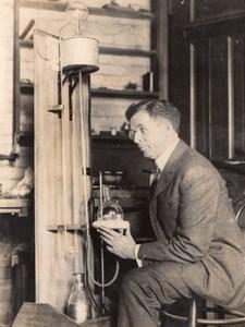 Physics Convention Professor Newton Henry Black Mercury Still Old Photo 1927