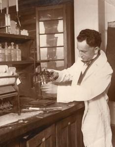 New York Fordham University Chemistry Lab George Bacharach Old Photo 1928