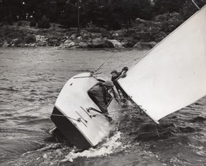 USA? Sailing Sailboat Crewmen Battling Strong Current Old Photo 1950
