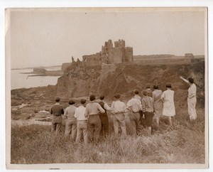 Scotland Tantallon Castle under Repair Group of Holiday Makers Old Photo 1930