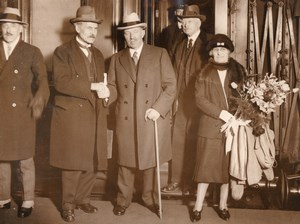 London Euston JH Thomas Ramsay MacDonald Takoradi Gold Coast Old Photo 1928