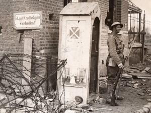 Western Front Captured German Sentry Box British Sentry Old Photo 1914-1918