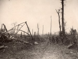 France WWI British Western Front Soldiers making Road Old Photo 1914-1918