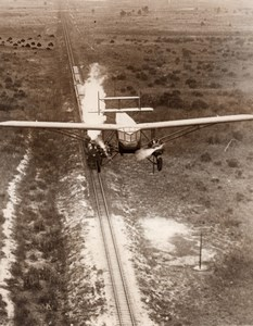 USA Miami Airplane Flying over Train Curtiss Kingbird Aviation Old Photo 1930's