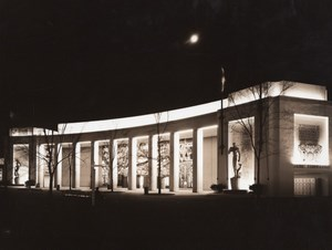 New York World's Fair Home Furnishings Pavilion Old Underwood Photo 1939
