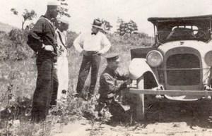 USA Hommes et Automobile en Panne Crevaison Ancienne Photo Amateur 1910's