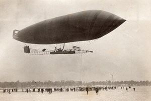 Issy les Moulineaux Dirigeable Astra Adjudant Reau en Vol Aviation Ancienne Photo 1911