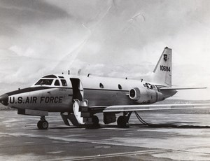 US Air Force North American T-39 Sabreliner Military Aviation Old Photo 1960's