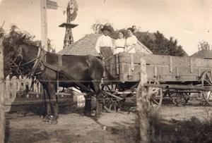 USA Fermier et ses Filles? Cheval et Charette Eolienne Campagne Ancienne Photo 1910's