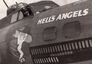 WWII Boeing B17 Flying Fortress Hell's Angels Major Kirk Mitchell Nose art Photo