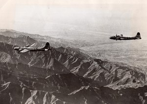 WWII Boeing B-29 Superfortress flying over China Manchuria old Photo 1943