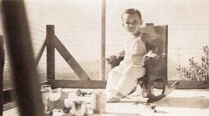 USA Happy Toddler on Rocking Chair old Snapshot Photo 1945