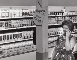 USA Scene at Air Force Base Supermarket Milk Aisle Military Old Photo 1965