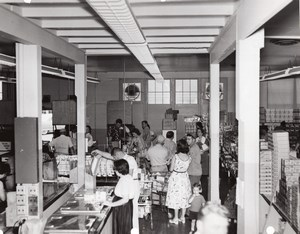 Orlando AFB US Air Force Base Supermarket Shoppers Old Photo 1960's