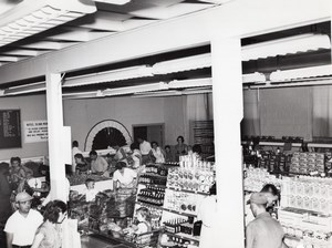Orlando AFB US Air Force Base Supermarket Shoppers Families Old Photo 1960's
