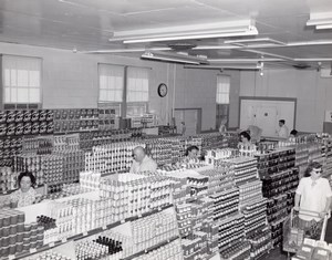 Orlando AFB US Air Force Base Supermarket Shoppers Aisles Old Photo 1960's