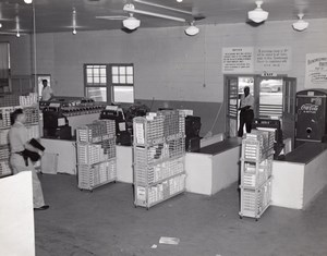 Orlando AFB US Air Force Base Supermarket Checkouts Coca-Cola Old Photo 1960's