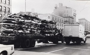 New York Automobile Scrap Metal Transport old Press Photo 1960's