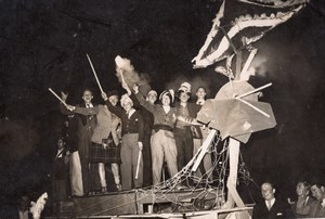 French Students? Float Parade Carnival? Old Press Photo 1930's