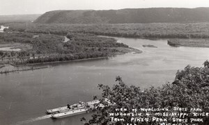 Iowa Wisconsin Wyalusing Pikes Peak State Park River Boat old RPPC Photo 1940