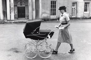 Norland College Nanny Student School Pram old Photo 1987