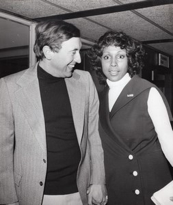 Journalist David Frost & Actress Diahann Carroll at Heathrow old Photo 1971